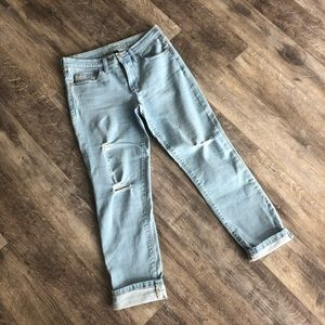 Distressed Girlfriend Cropped Straight Leg Jeans